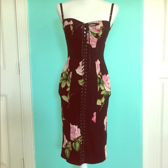 806b2a09 Dolce & Gabbana Dresses & Skirts - Dolce & Gabbana Bodycon Corset Lace Dress